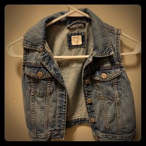 Gap Girls jean vest, 10-11